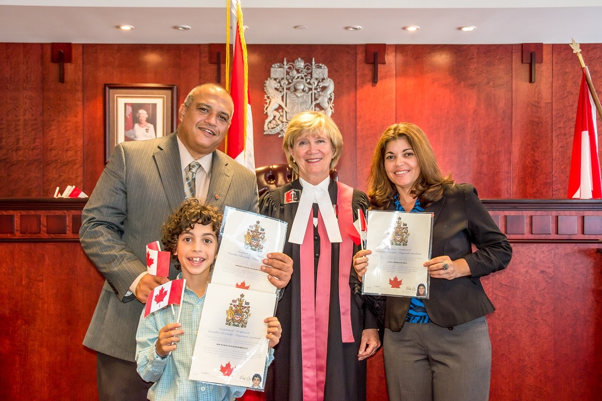 Express-Entry-Permanent-Residency-in-Canada-for-Dependents
