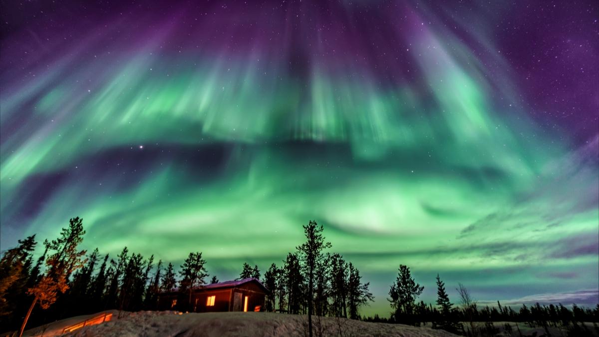 Northern-Lights-Yellowknife-Northwest-Territories