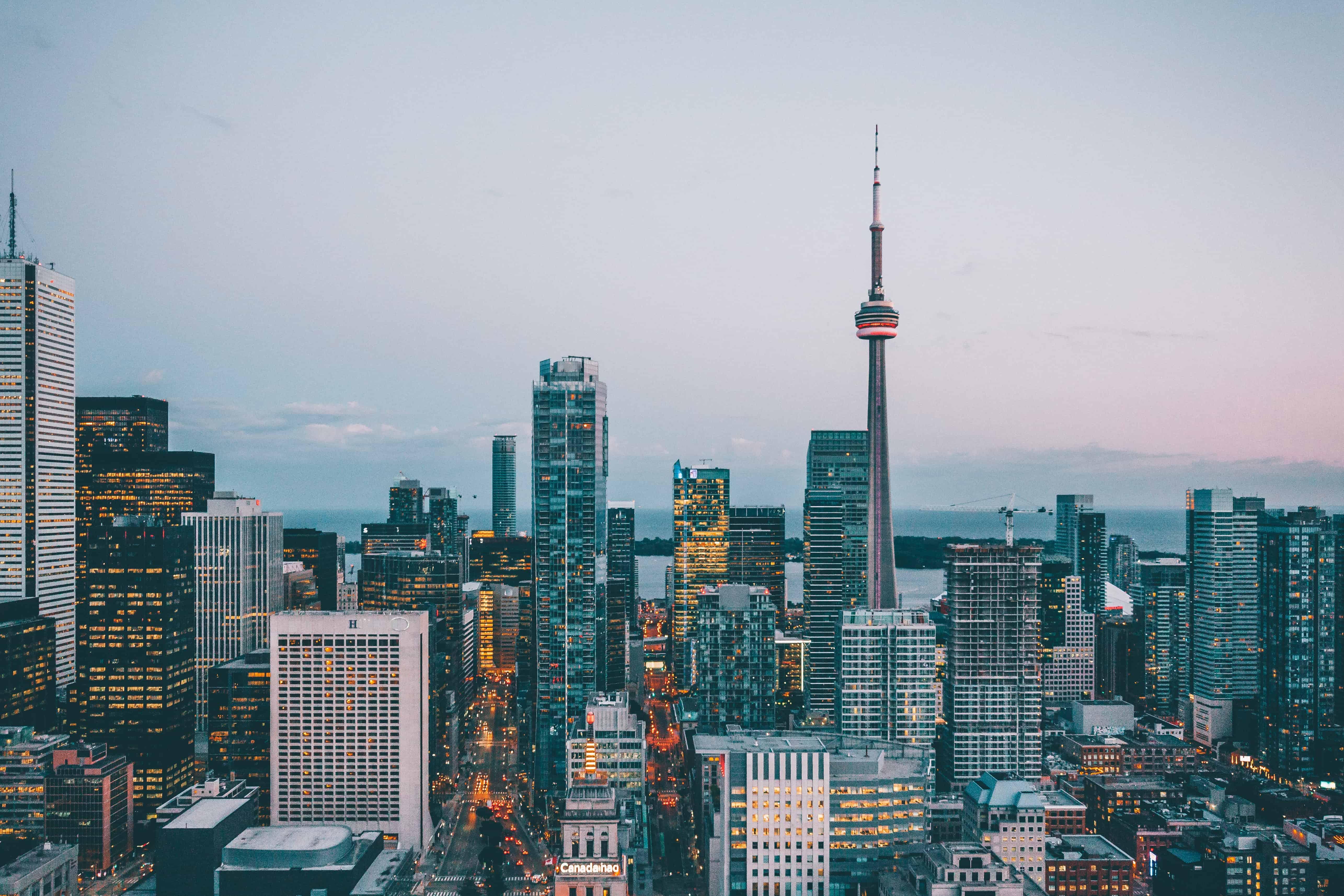 skyline-in-toronto-canada