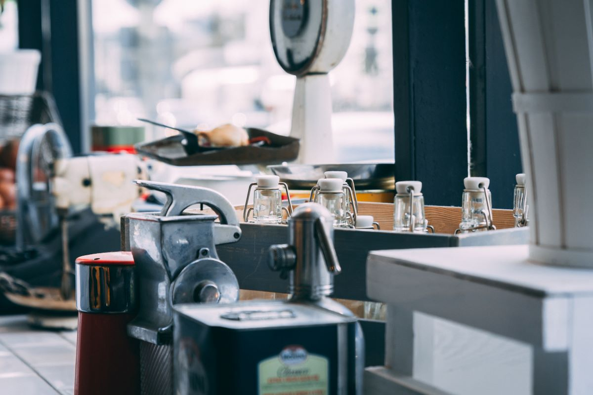 Food truck appliances for start up business in Canada
