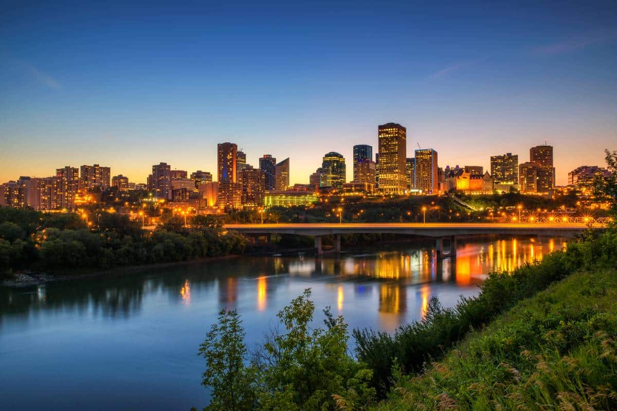 James MacDonald Bridge over Saskatchewan River Edmonton | immigrate to Canada