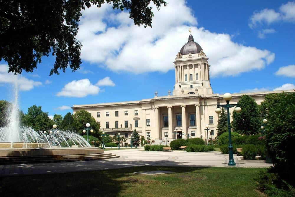 Manitoba Immigration Invites 530 Candidates to Canada