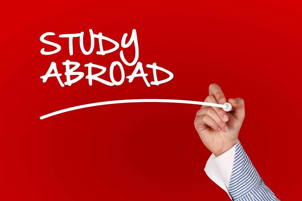 Student Life: Studying in Canada vs Australia